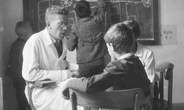 Hans Asperger: Anděl, nebo padouch? 2