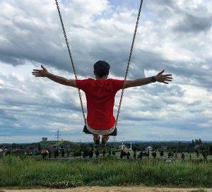 Den autisty 2: Dětem vadí, že jim okupuju houpačku