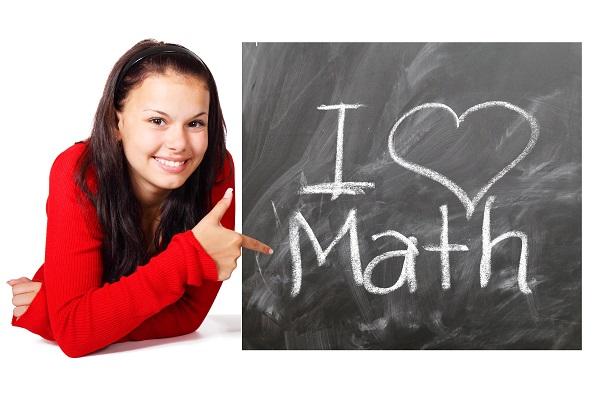 O čem vypovídají známky na základce podle středoškoláků a vysokoškoláků s autismem?