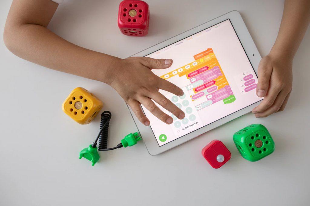 Diagnóza a léčba autismu pomocí umělé inteligence – Možnosti a limity UI 5