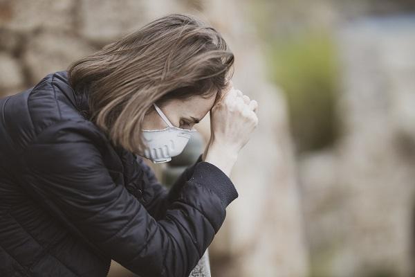 Dopady pandemie COVID-19 vrodinách dětí s autismem jsou velmi negativní a psychiatrů je málo