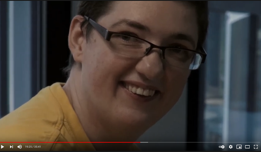 Autistka Ivona: Vyhrožovali mi zabitím, jestli odmaturuji. Pro ně jsem byla jen debil. 6