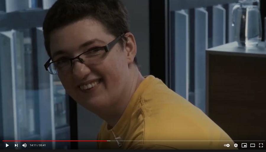 Autistka Ivona: Vyhrožovali mi zabitím, jestli odmaturuji. Pro ně jsem byla jen debil. 8