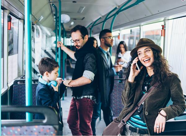 Tipy a rady pro nácvik samostatného cestování hromadnou dopravou pro lidi sautismem